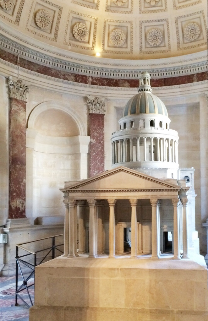 This is a model of the Pantheon, sans plastic dome cover.